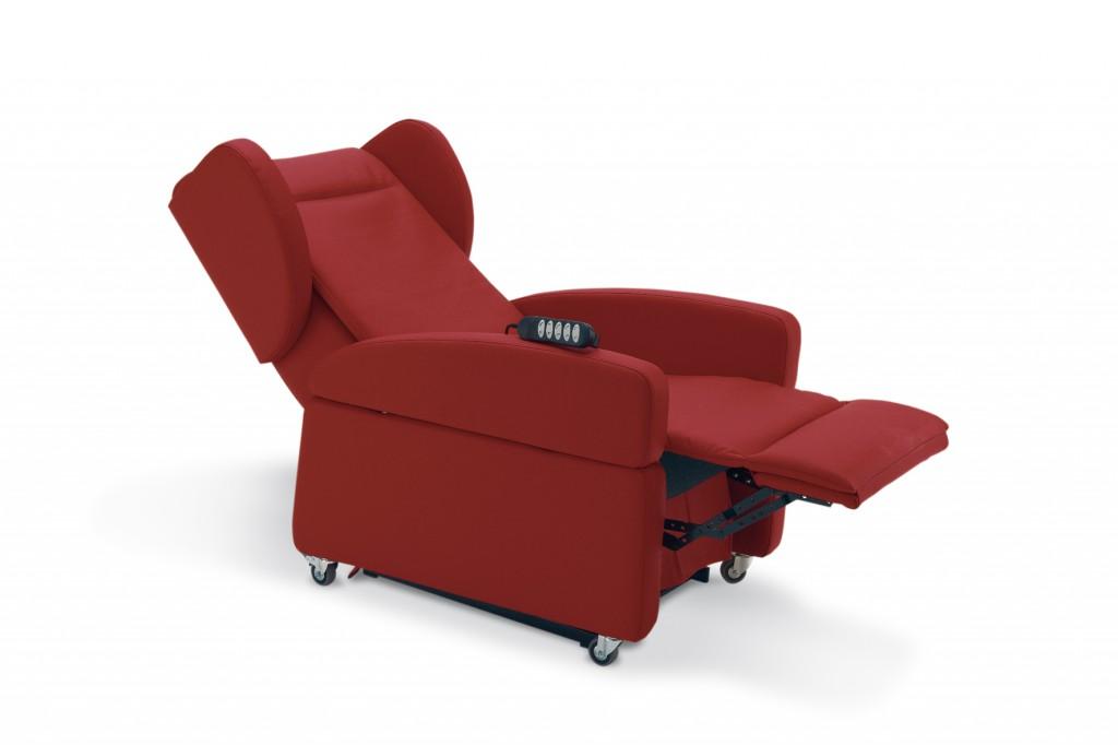 Poltrona elevabile reclinabile tekna panama 2 motori for Divani reclinabili elettrici